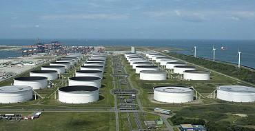 Maasvlakte Olie Terminal Trappen